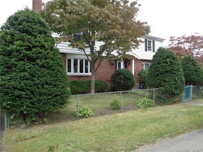 Bridgeport Single Family Home For Sale: 584 Jennings Avenue
