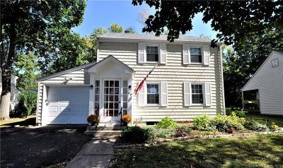 Wethersfield Single Family Home For Sale: 60 Harmund Place