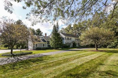 Wilton Single Family Home For Sale: 15 Carriage Road