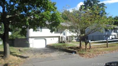 Naugatuck Single Family Home For Sale: 63 Celantano Drive