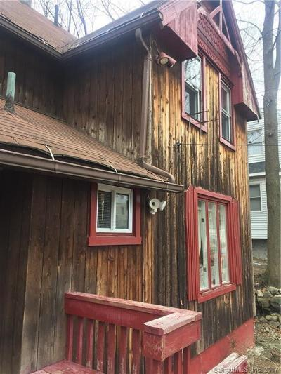 Waterbury Single Family Home For Sale: 31 Winchester Street