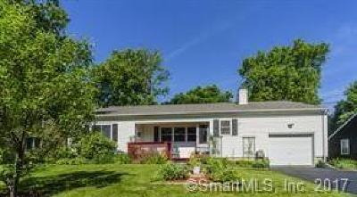 Meriden Single Family Home For Sale: 55 Castle Drive