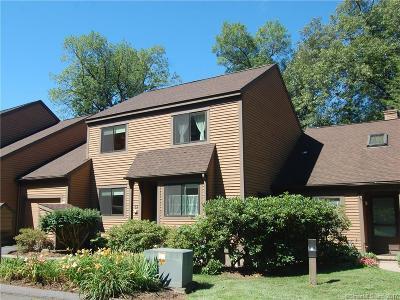 Avon CT Condo/Townhouse For Sale: $238,500