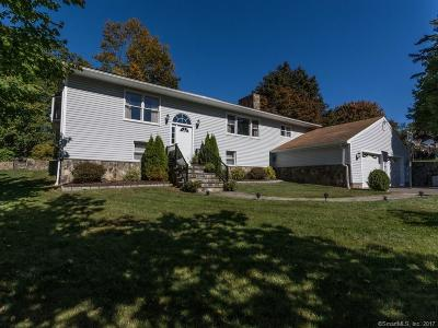 Bethel Single Family Home For Sale: 2 Adams Drive