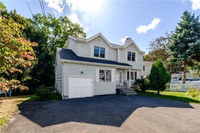Fairfield Single Family Home For Sale: 33 Fairway Green