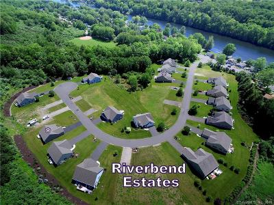 Oxford Single Family Home For Sale: 27 Riverbend Drive #27