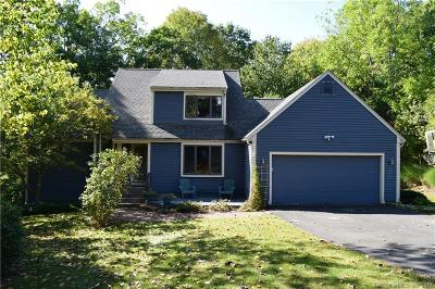 Farmington Single Family Home For Sale: 37 Canterbury Lane Lane