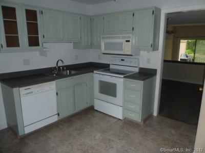 Farmington Condo/Townhouse For Sale: 87 Farmington Chase Crescent #87