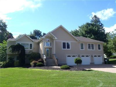 Orange CT Single Family Home For Sale: $559,900