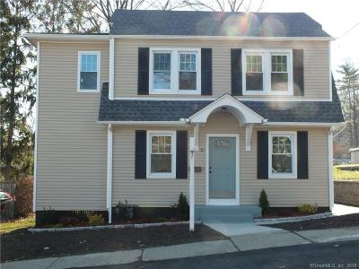 West Haven CT Single Family Home For Sale: $220,000