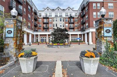 West Hartford Condo/Townhouse For Sale: 85 Memorial Road #508
