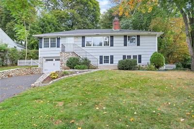 Darien Single Family Home For Sale: 9 Devonshire Drive