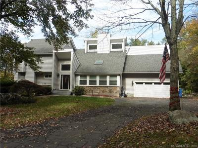 Monroe Single Family Home For Sale: 51 Scenic Hill Lane