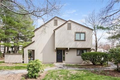 Avon CT Condo/Townhouse For Sale: $179,500