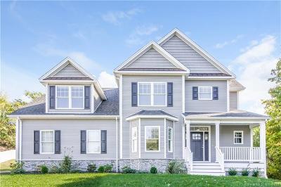 Hamden Single Family Home For Sale: 331 Blake Circle