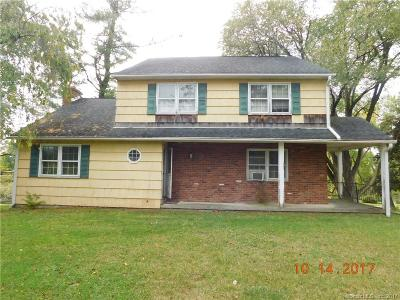 Brookfield Single Family Home For Sale: 7 Thomsen Farm Road
