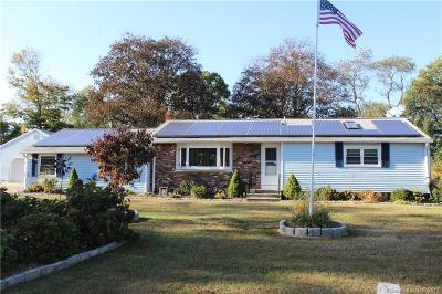 Shelton Single Family Home For Sale: 23 Soundcrest Drive