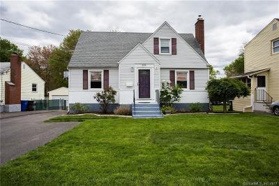 Newington Single Family Home For Sale: 233 Hartford Avenue