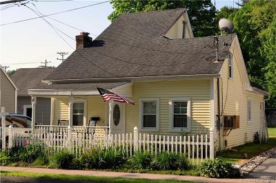 Avon, Farmington, Simsbury Single Family Home For Sale: 11 Railroad Avenue