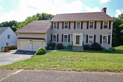 Waterbury Single Family Home For Sale: 34 Country Club Woods Circle