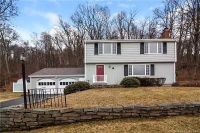 Farmington Single Family Home For Sale: 12 Forest Hills Drive
