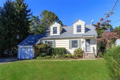 Fairfield Single Family Home For Sale: 32 Old Elm Road
