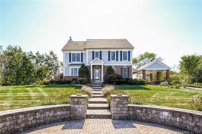 Middletown Single Family Home For Sale: 13 Pinehurst Place