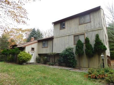 Southbury Single Family Home For Sale: 115 Stiles Road
