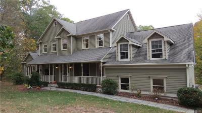 Southbury Single Family Home For Sale: 263 Cobbler Lane
