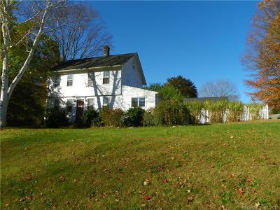 Southington Single Family Home For Sale: 1086 Old Turnpike Road