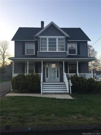 Middletown Single Family Home For Sale: 70 Russell Street