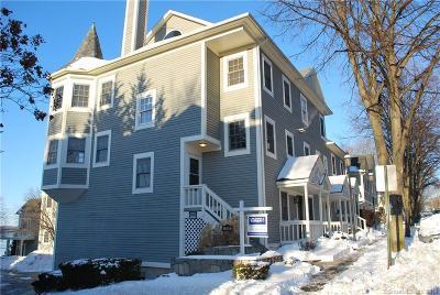 New Haven Condo/Townhouse For Sale: 744 Quinnipiac Avenue #9