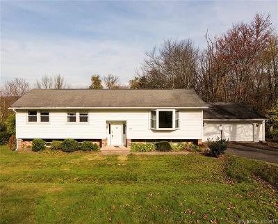 Naugatuck Single Family Home For Sale: 84 Evelyn Drive