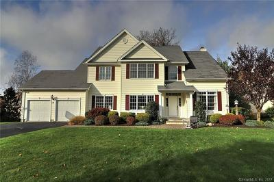 Milford CT Single Family Home For Sale: $579,900