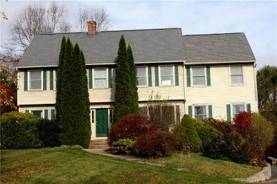 Watertown Single Family Home For Sale: 58 Winding Brook Farm Road