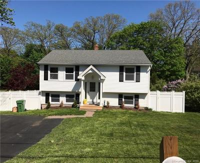 Wallingford Single Family Home For Sale: 22 New Place Street