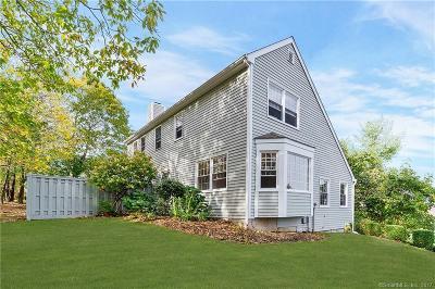 Ridgefield Condo/Townhouse For Sale: 19 Prospect Ridge #36