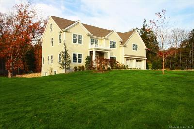 Stamford Single Family Home For Sale: 10 Davenport Ridge Road