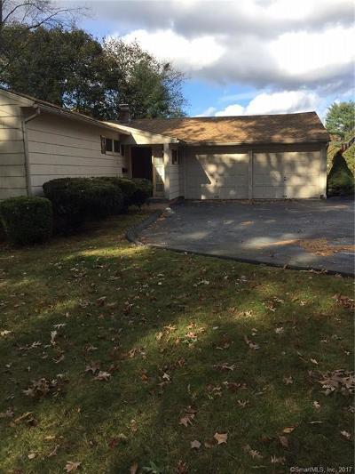 Naugatuck Single Family Home For Sale: 30 Sunset Drive