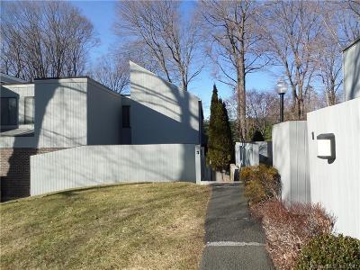 Ridgefield Condo/Townhouse For Sale: 3 Quarry Corner #3
