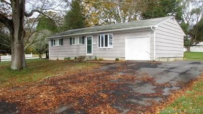 Groton CT Single Family Home For Sale: $159,000