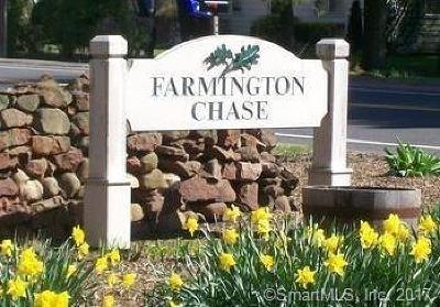 Farmington Condo/Townhouse For Sale: 13 Farmington Chase Crescent #13
