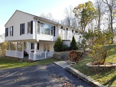 Fairfield County Single Family Home For Sale: 37 Linda Lane