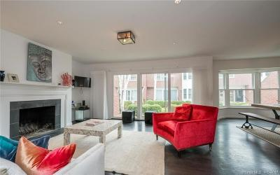 Greenwich Condo/Townhouse For Sale: 56 Sherwood Place #8