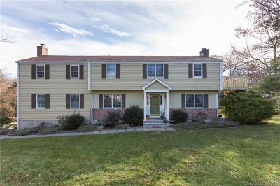 Stamford Single Family Home For Sale: 57 Acre View Drive