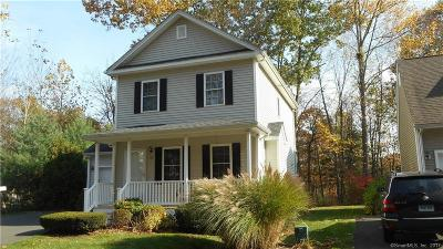 Wallingford Single Family Home For Sale: 33 Sycamore Way #33