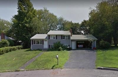 West Haven Single Family Home For Sale: 42 Hilltop Lane