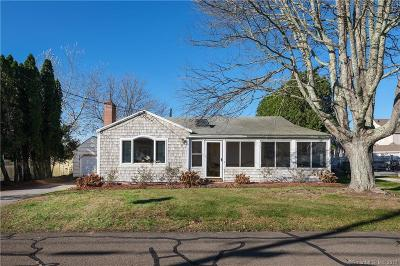 Old Lyme Single Family Home For Sale: 21 Billow Road
