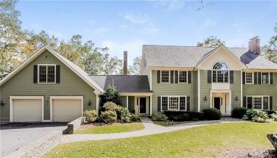 RIDGEFIELD Single Family Home For Sale: 298 Danbury Road