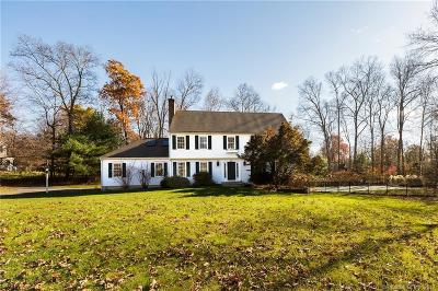 Southbury Single Family Home For Sale: 66 Patriot Road